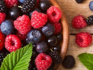 Choose lower sugar organic fruits such as blueberries, raspberries, blackberries, or black raspberries which are high in antioxidants