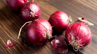 Health Benefits of Red Onion: 4 Ways Red Onions Reduce Your Cancer Risk