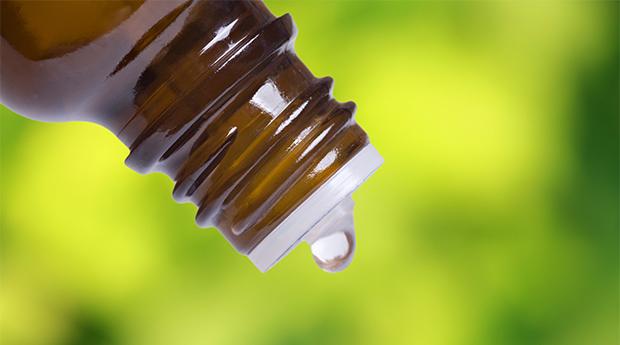 Essential-Oil-Massage-Cancer-Healing