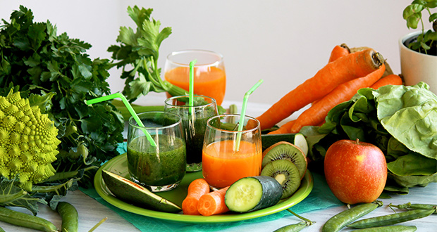 juicing-vs-blending-smoothie